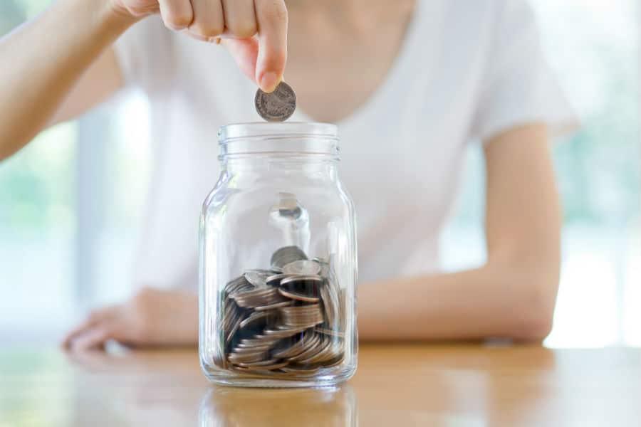 saving money move